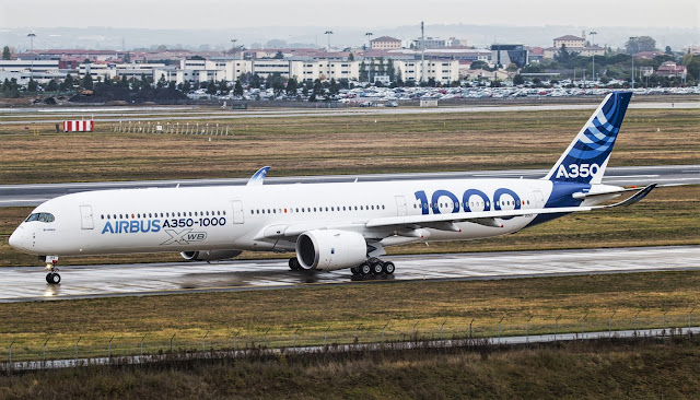 a350-1000 taxiing