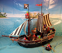 http://emma-j1066.blogspot.com/2010/11/panther-pirate-galleon.html