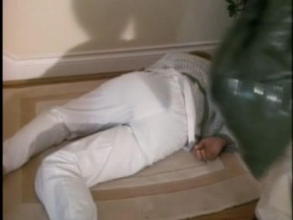 MacGyver - Season 6 Episode 04: Twenty Questions