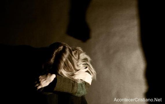 Violencia contra las mujeres