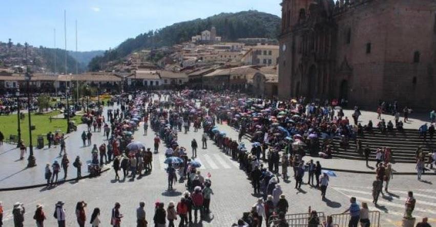 Este sábado se reanudaría diálogo entre docentes en huelga y el MINEDU