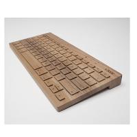 Le clavier en bois conçu à la main