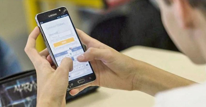 Prohibirían uso de celulares en todos los colegios de la región La Libertad