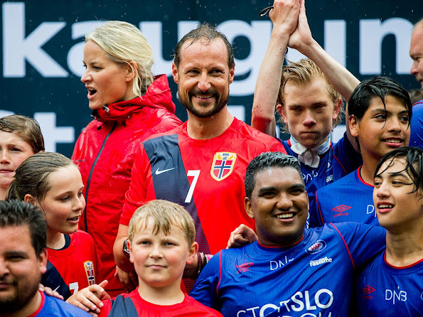 Crown Prince Haakon, Crown Princess Mette-Marit, Princess Ingrid Alexandra and Prince Sverre Magnus at Skaugum Stadium