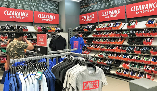 Manila Shopper: Levi's, Fashion Rack & Nike Factory Outlet ...