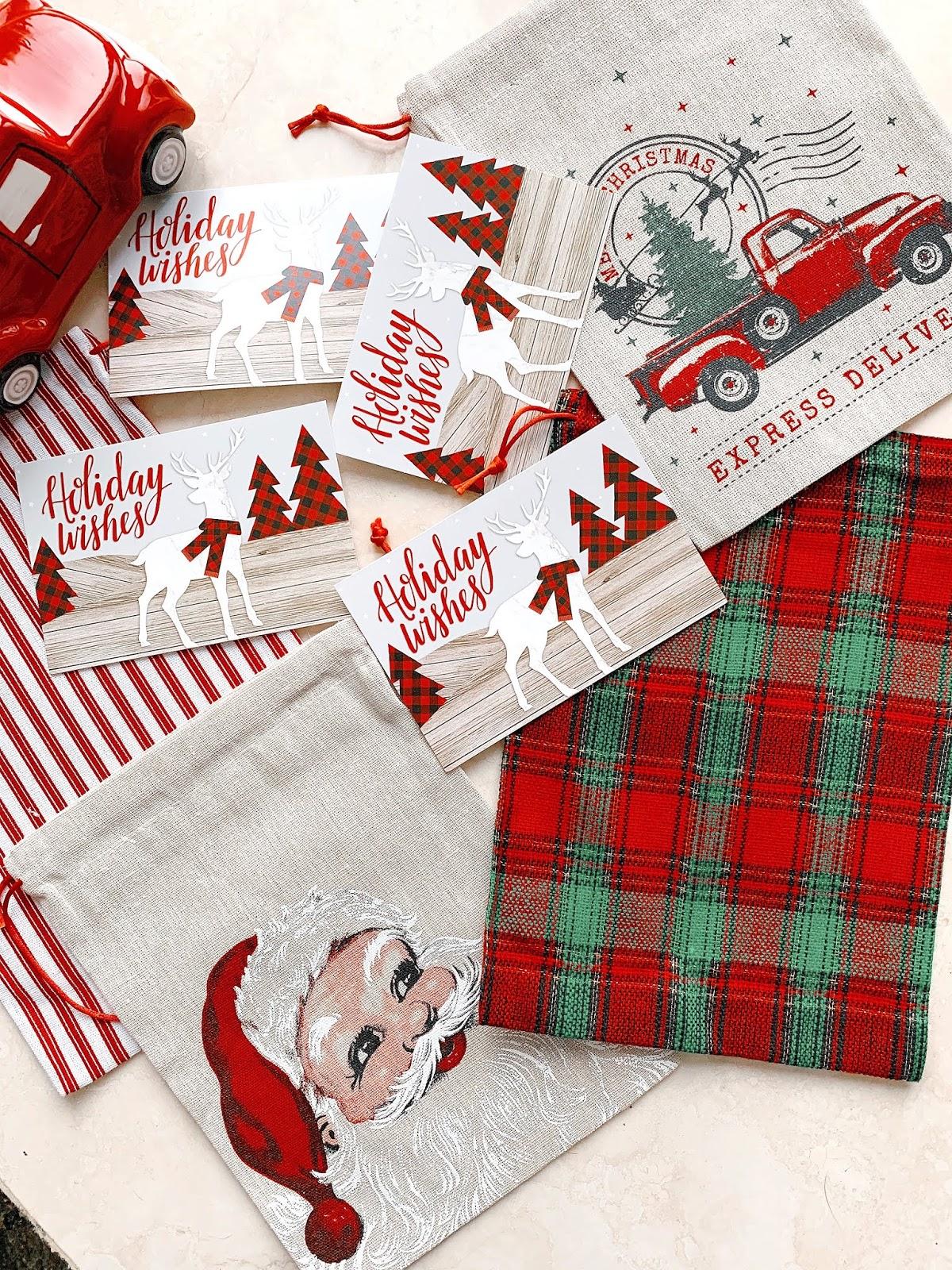 Dollar-General-GiftBags-Christmas-Shopping