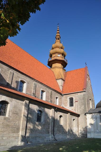 Późnoromański kościoł pocysterski w Koprzywnicy