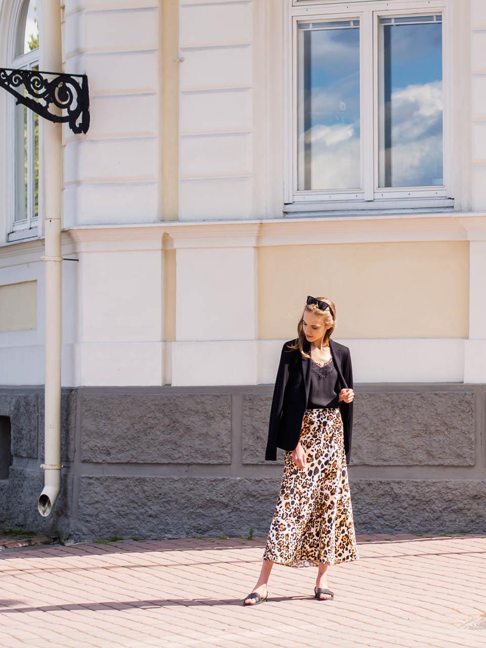 8 leopard print outfits - 8 asua leopardikuosin kanssa