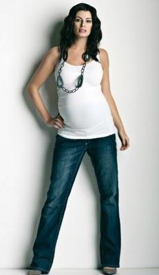 c6f4e9700 La ropa durante el embarazo no tiene que ser fea ni incómoda. Debe resaltar  tu nueva figura