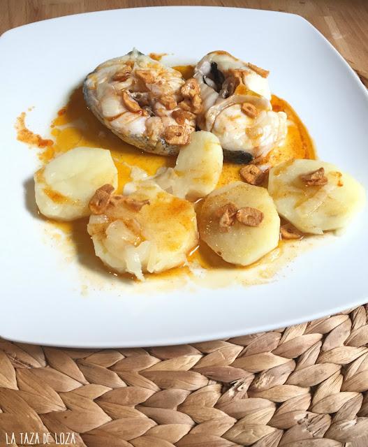 merluza-con-pimentón-dulce-y-patatas