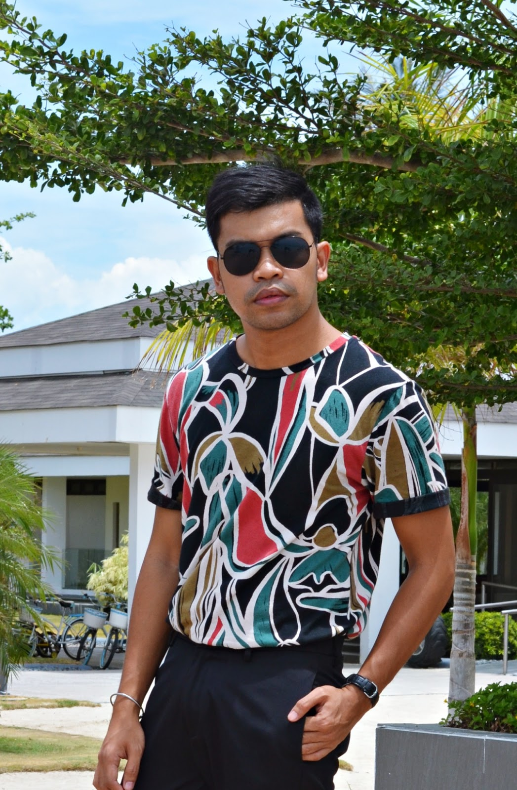 PRINTS-CEBU-FASHION-BLOGGER-MEN-ALMOSTABLOGGER.jpg