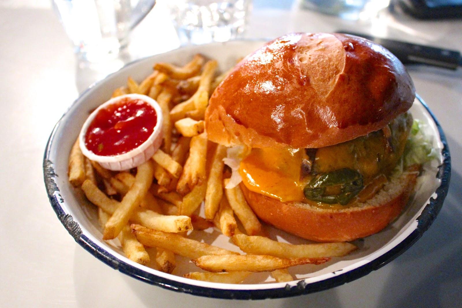 PNY Paris Sriracha Napalm burger