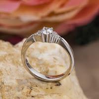 inelul de logodna simbol dragoste