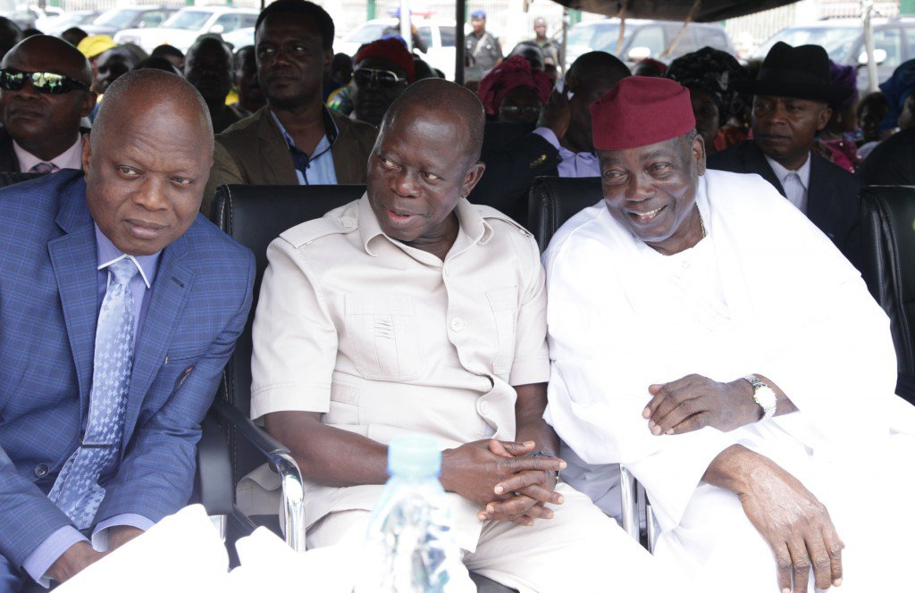 Ogbomuedia with Oshiomhole and Pius Idubu, the immediate past deputy governor of Edo.jpg
