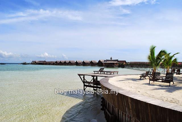 Gambar Pulau Kapalai