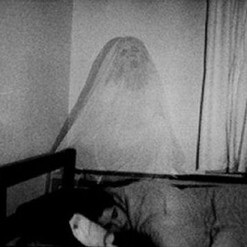 Enter in the secret world: Real ghosts or fake?