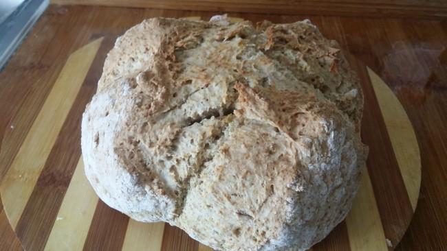 Pan con una cruz en el medio