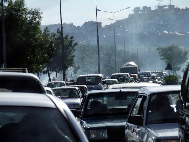 Inquinamento atmosferico causato dalle automobili
