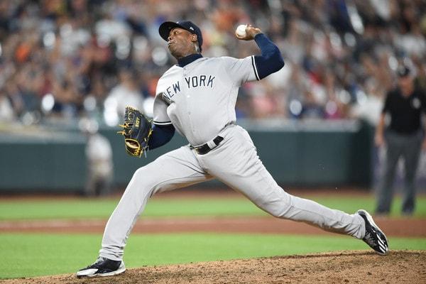 El cerrador de los Yankees llegó a 46 cafetazos en la temporada (en 25,2 entradas de actuación), 218 rescates en su carrera y rebajando a 1.40, su promedio de efectividad