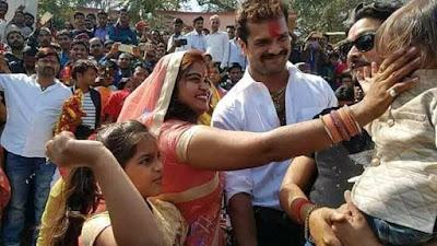 Khesari Lal Yadav wife name and image. Khesari Lal Yadav wife. Khesari Lal Yadav marriage