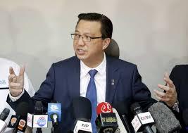 Monspace Sky Airlines Terbang Tanpa Lesen - Datuk Seri Liow
