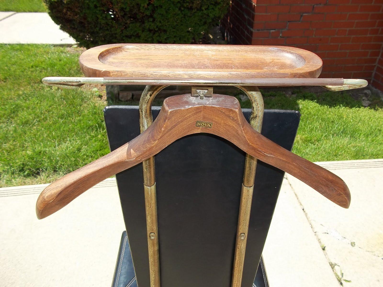 Nova Mid Century Black Vinyl Valet Chair with Storage ...
