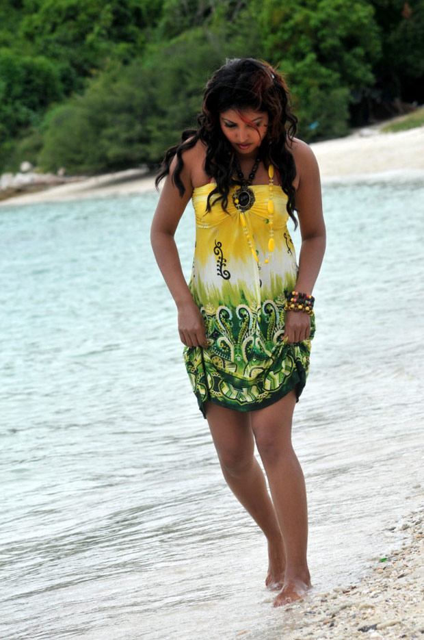 Komal jha sexy beach side photoshoot