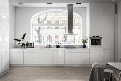 bílá kuchyň inspirace