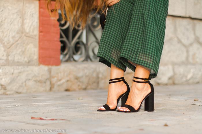 Influencer blogger adicta a los zapatos bonitos