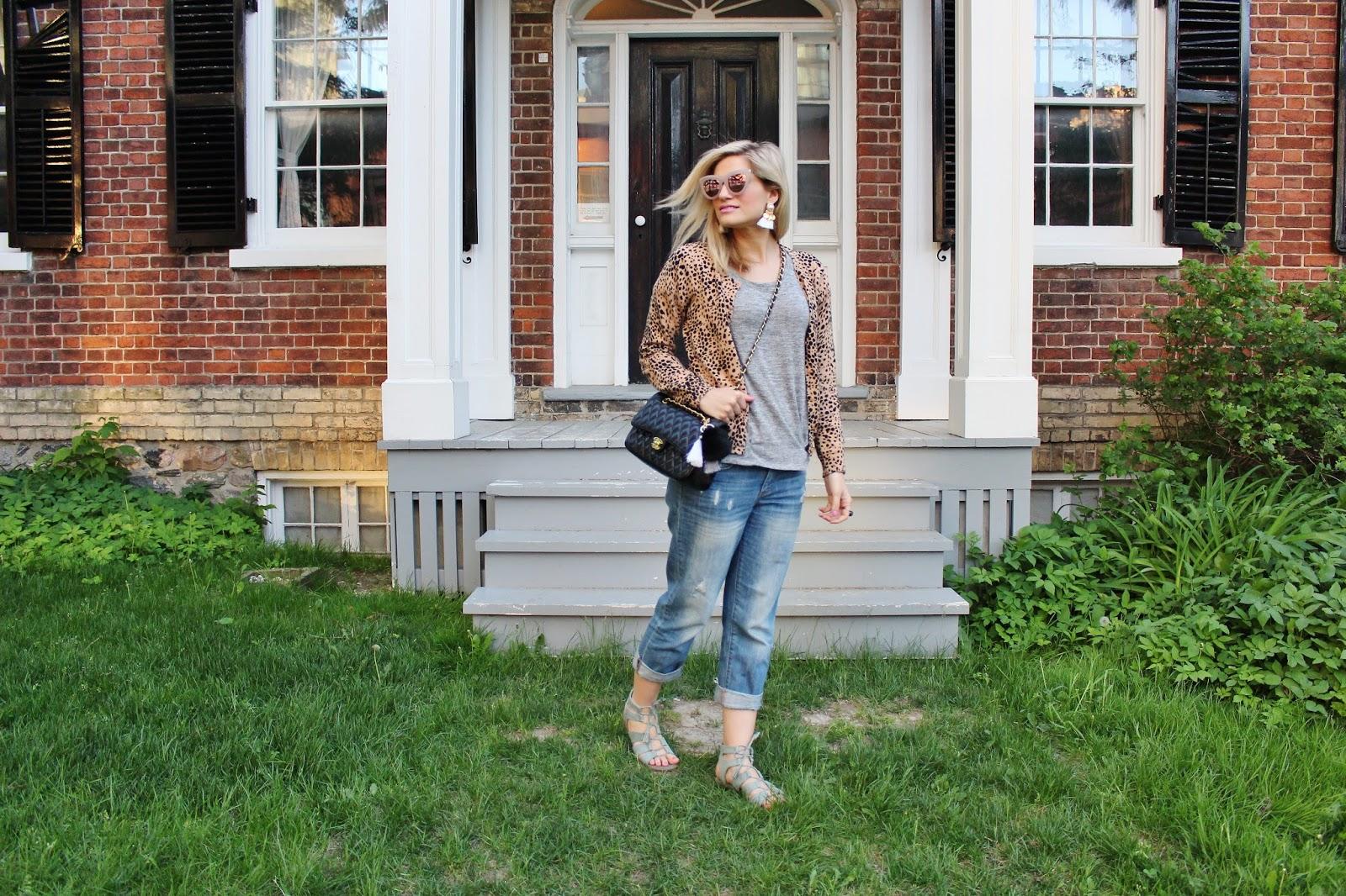 Bijuleni - Leopard cardi, boyfriend jeans and vintage Chanel  ootd
