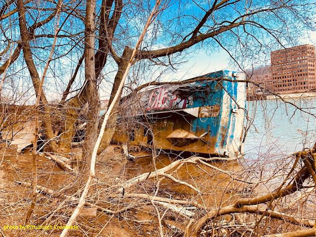 Pittsburgh Shipwreck
