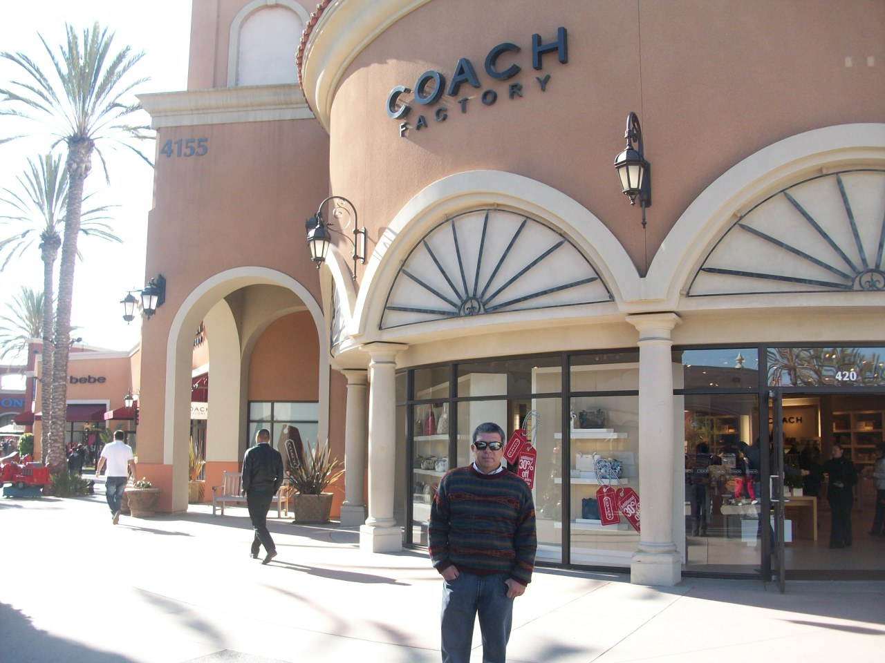 Las americas Premium Outlets is a outlet mall in San Ysidro, California located directly on the Mexico-United States border. This place has hundreds of stores from Ross to TJ max. You can get great deals here during the holidays.4/4().