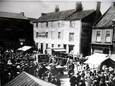 The Woolpack Hotel and Hope Inn side by side in Brigg Market Place - picture thought to date from the 1920s
