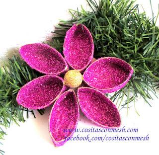 maualidades-navideñas-flores- reciclaje