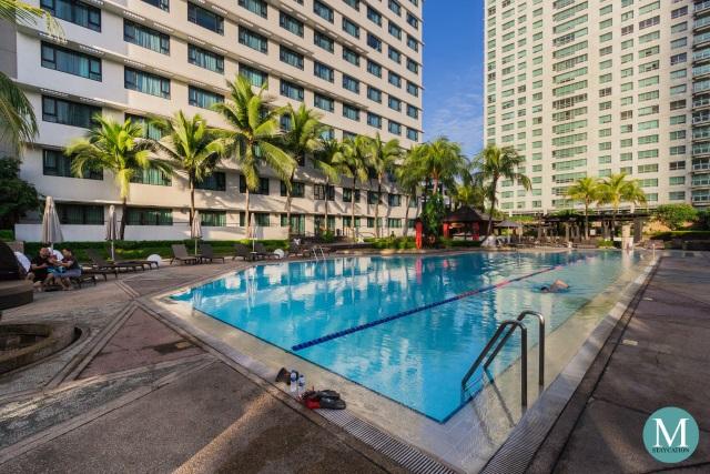 swimming pool of New World Makati Hotel