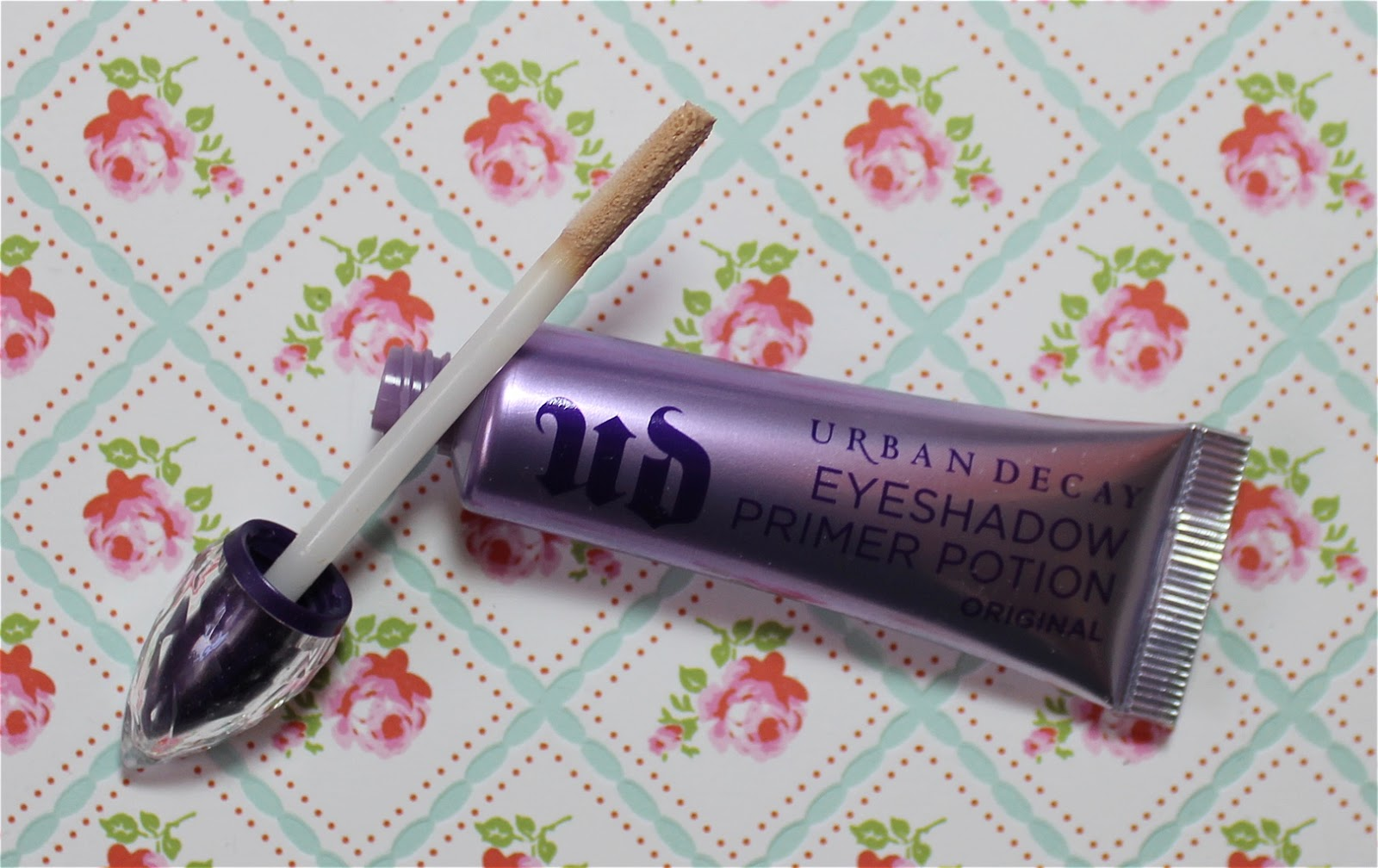 Urban Decay Eyeshadow Primer Potion swatch