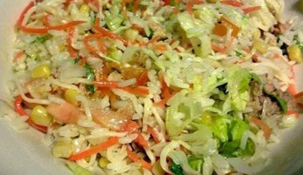 Ensalada de arroz con judías rojas
