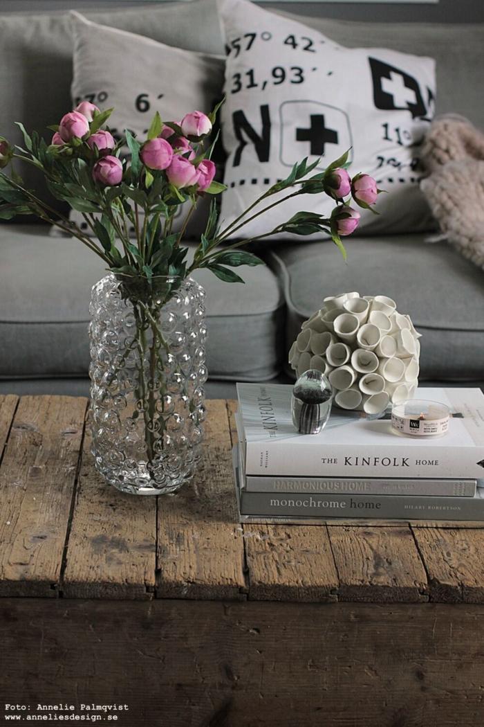 annelies design, webbutik, webbutiker, webshop, nätbutik, inredning, vas, pion, pioner, konstgjord blomma, konstgjorda, blommor, snittblomma, naturtrogna, naturtrogen, dekoration, prydnad, kuddfodral, kuddar, koordinater, vitt, grått, grå, vit, korall, manet, woodwick, petite
