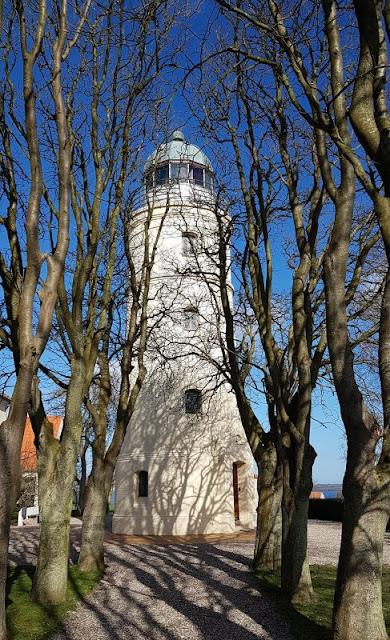 Ein Tagesausflug nach Kegnæs. Der Leuchtturm Kegnaes Fyr ist einer der höchsten in der süddänischen Ostsee.