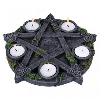 http://www.fandecor.ro/cumpara/suport-lumanari-pentagrama-cu-iedera-1421