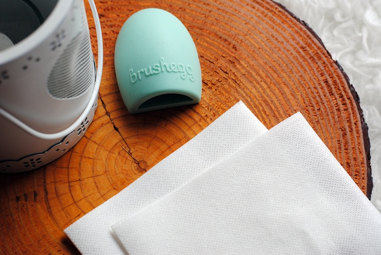 zdjecie chusteczki do prania chroniące przed zafarbowaniem
