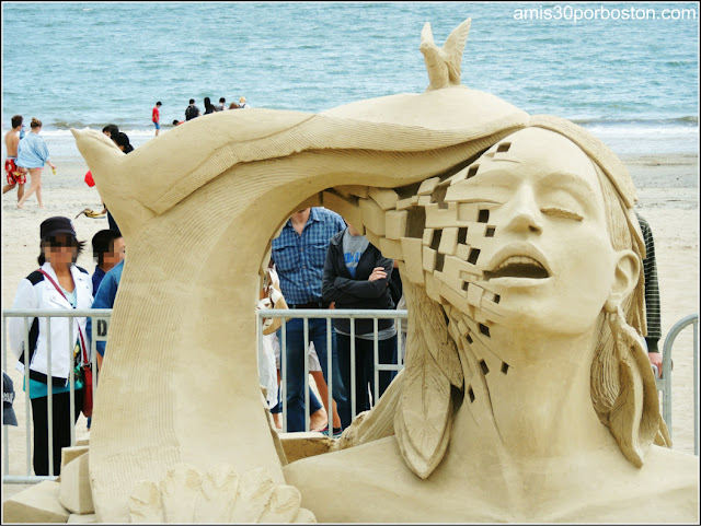 "Festival Internacional de Esculturas de Arena de Revere: ""Open your Mind and Let your Spirit Fly"""
