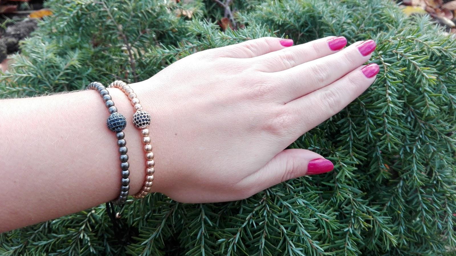 260b50f78 Macramé náramek dodá pozitivní energii i pocit štěstí a bude jedinečným  doplňkem na vaší ruce.