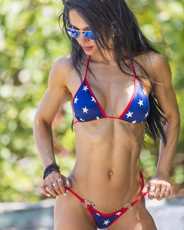 Alzira Rodriguez IFBB Pro