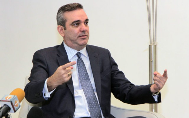 Abinader dice Procuraduría dejó fuera del expediente al 55 % de los sobornados por Odebrecht