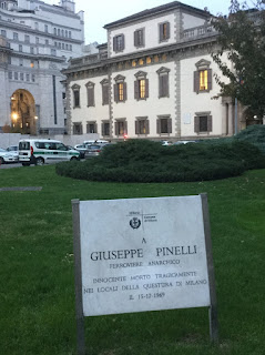 One of the memorials to Pinelli in Piazza Fontana, placed by Milan city council