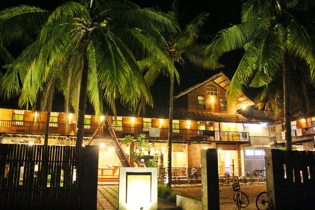 giliklapa hostel