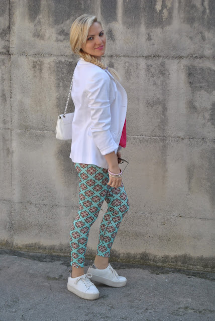 leggings verde acqua come abbinare il verde acqua abbinamenti verde acqua outfit limpet shell colore limpet shell outfit come abbinare il colore limpet shell limpet shell outfit how to wear limpet shell how to combine limpet shell outfit sporty chic outfit outfit maggio 2016 may outfit spring casual outfit mariafelicia magno fashion blogger color block by felym fashion blogger italiane fashion blog italiani fashion blogger milano blogger italiane blogger italiane di moda blog di moda italiani ragazze bionde blonde hair blondie blonde girl fashion bloggers italy italian fashion bloggers influencer italiane italian influencer