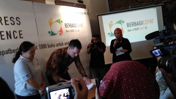 #KreditcepatBerbagiCepat Bantu Cerdaskan Anak Indonesia Melalui 1000 Buku