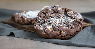 SWEET AND YUMMY CHOCOLATE COOKIES